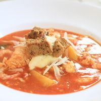Fisk och skaldjursgryta med parmesan, aioli och krutonger
