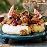 Varm brietårta med nötter