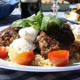 Carinas grekiska färsbiffar