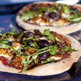 Grekisk pizza med lammfärs och grilloumi