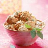Köttbullar i kokosmjölk och röd curry recept