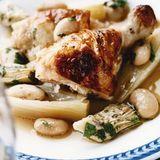 Stekt kyckling med kokt fänkål, bönor och kronärtskocka
