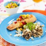 Matvete med svamp, lax och mangosalsa