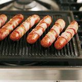 Baconlindad grillkorv
