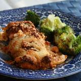 Ungsbakad lax med citronpesto och broccoli